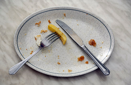 UK households reduce takeaway food waste by £3.2 million a week during lockdown - but waste in restaurants rises